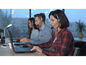 Leading and Motivating Call Center Teams